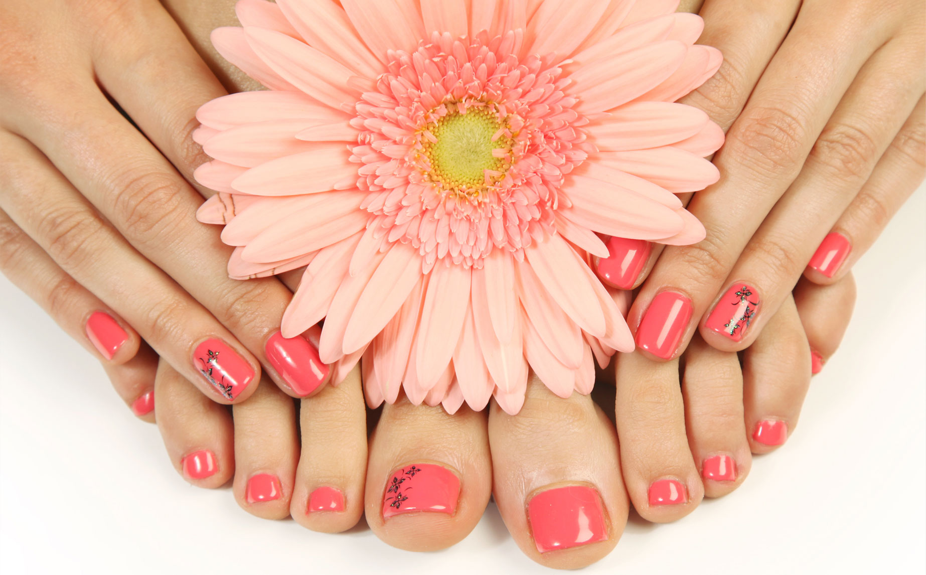 Relax manicure pedicure spa